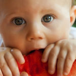 Introducing Solid Foods to Baby 4 Helpful Tips to Remember (1)