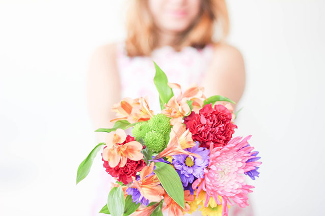 Does your choice of colors matter when you pick flowers for Mother's Day (1)