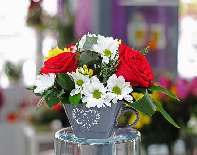 Floral Decoration Gift Vase Rose Flower Bouquet